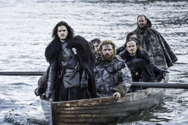 Jon-Snow-in-a-boat-Official-HBO-810x539