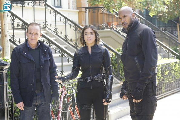 Agents-of-SHIELD-304-3