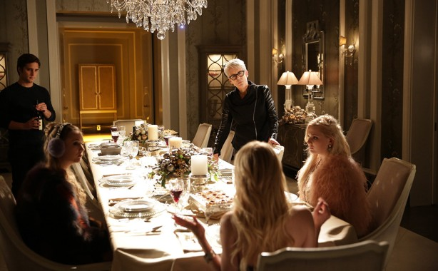 rs_1024x634-151124133447-1024x634-scream-queens-thanksgiving-2-lp-112415